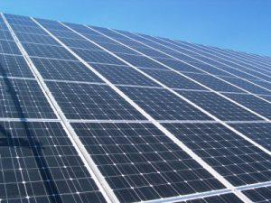 distesa di fotovoltaico