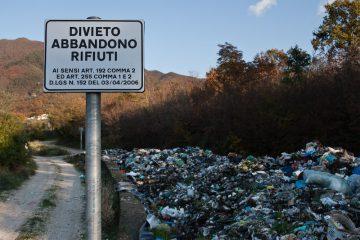l'UE multa l'Italia per le discariche abusive