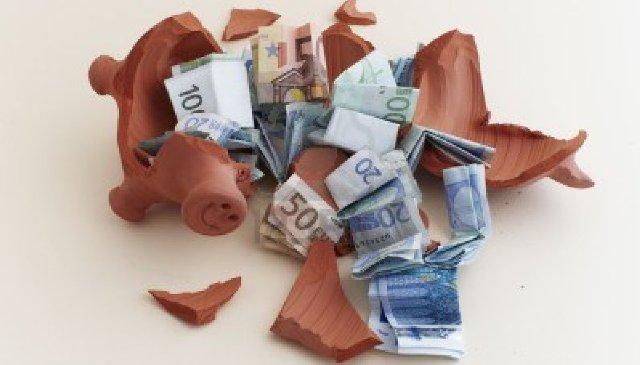 soldi money salvadanaio rotto